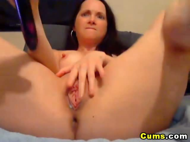 Porn Tube of Double Dildo Penetration Made Her Squirt Hd