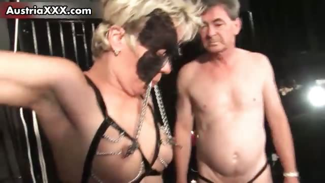 Porn Tube of Nasty Mature Housewive Gets Horny