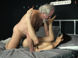 Grandpa Fucking A Beautiful Young Teen Pussy Oral Creampie