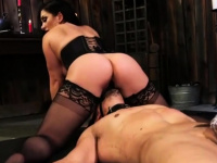 Mistress Fucks Male Slave s booty | Porn-Update.com