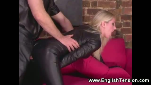 Porno Video of Slave Satisfying Leather Domina W Cock