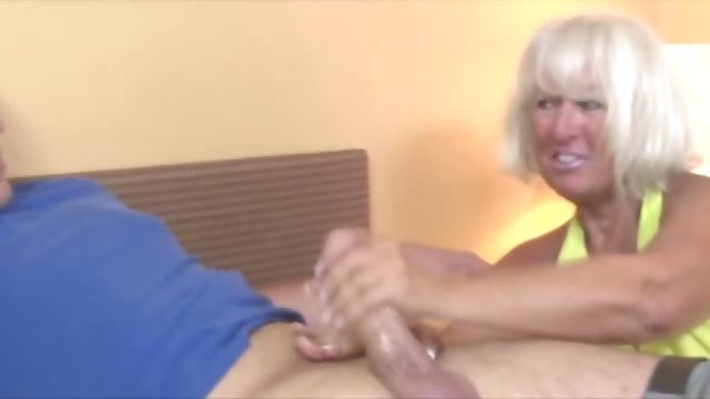 Porno Video of Granny Welcomes Guy Wtih A Handjob
