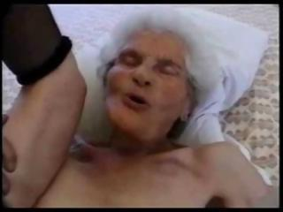 Porno Video of 80 Years Old Granny Sucking
