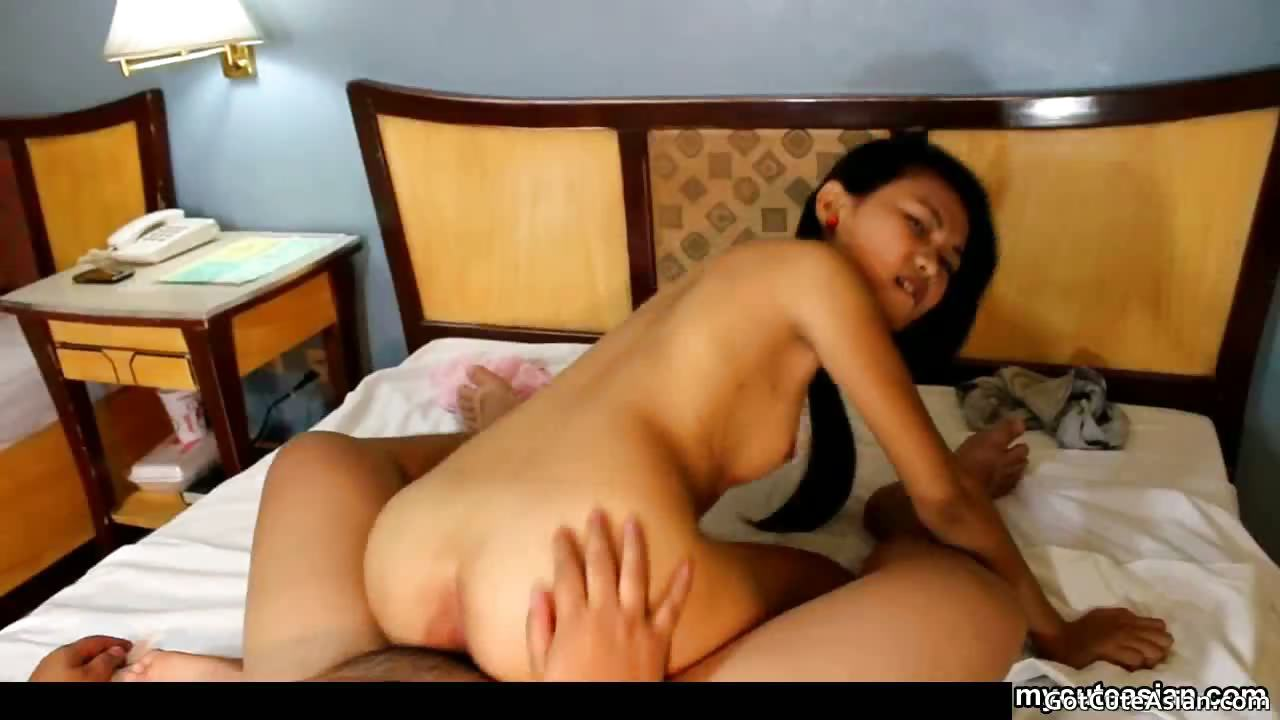 Porno Video of Skinny Asian Girlfriend Maymay Rammed