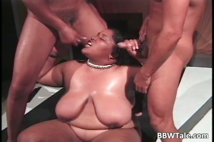 Porno Video of Big Fat Cute Ebony Slut Blows Cock