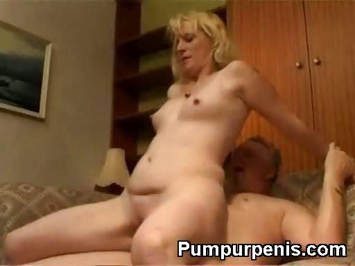 Porno Video of Mature Slut Riding With Round Ass