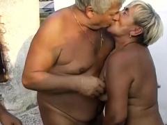 OmaPasS Amateur Granny Having Fun With Sex Toys