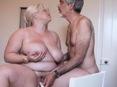 Gina enjoyed an old man's cock