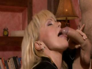 Sex Movie of Blonde Czech Milf, Renata Gets Pounded Before Getting Cum In Her Mouth
