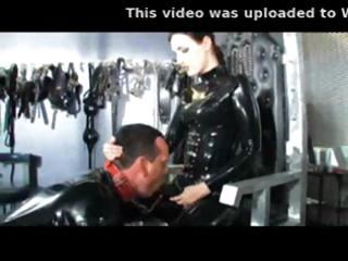 Porn Tube of Latex Babe Does Some Fisting And Ass Fucks Dude With Strapon