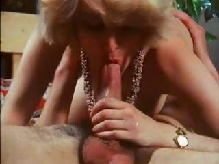 Porn Tube of Classic French Porn From The 70s With These Babes Banging Hard