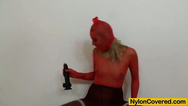 Porn Tube of Nylon Mask On Leggy Babe