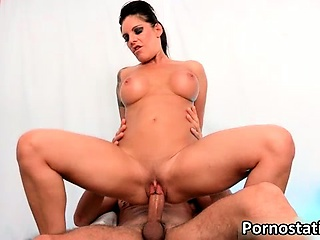 hot brunette daisy gets her pussy licked