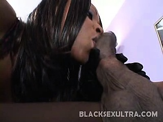 sexy skyy black came in wearing a sexy lingerie and starts