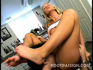 meet bianca pureheart a lusty blonde with a sexy stacked