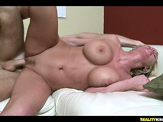 sexy big titted milf zoii gets plowed