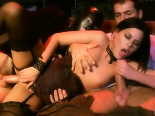 laly vallade enters the amazing world of glamour porn