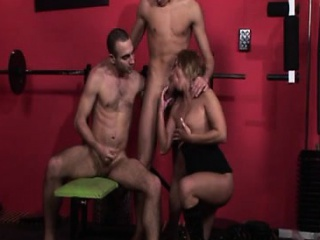 gym workout turns into hot bi sex action with creamy climax