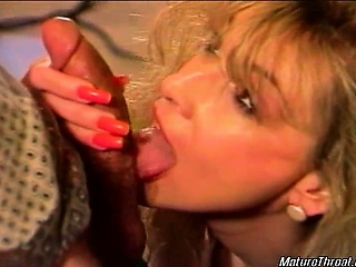 sexy blonde mature slut still looks so hot she has nice