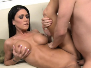 busty brunette jessica jaymes gets fucked