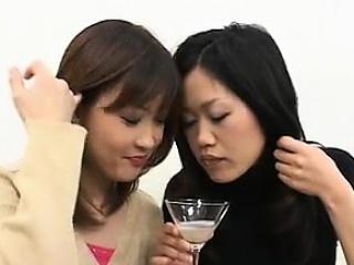 amateur japanese girls spitting a lot