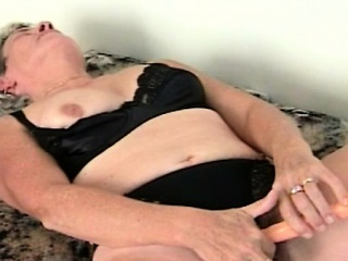 mature lady orgasming while rubbing pussy