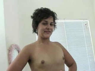 milf with a nice ass gets naked