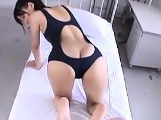 amateur japanese cutie gives a footjob