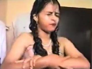 unsatisfied by her husband's cock horny bhabhi masturbates
