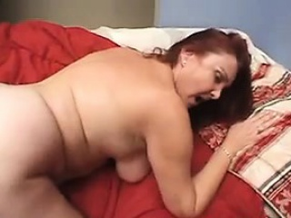 thick and horny mature woman getting drilled