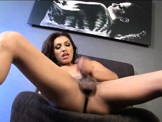 big juggs latina shemale jessy dubai masturbates her cock