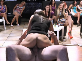 these sexy girls love no thing more than to suck cock