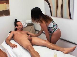 masseuse gigi skye gives client erotic massage