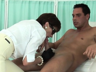 cheating british mature lady sonia flashes her massive tits
