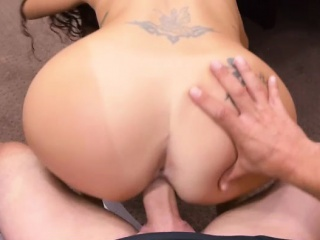 tattooed brunette woman gives bj and drilled at the pawnshop