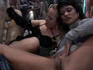 kinky dames make stiff dicks explode