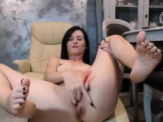 amateur brunette small tits milf fingering on webcam