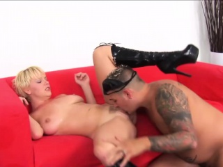 missy monroe wears boots while fucking