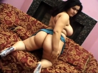 two big boobs women horny threesome sex with nasty dude