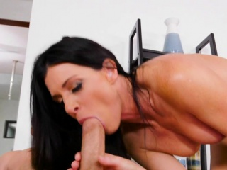 toned mature lady rides big dick