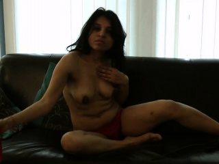 striptease porn video of indian amateur babe kavya filmed