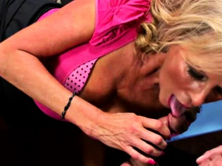 cocked boss fucked the busty mature lady