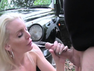 milf fucked tight ass in taxi