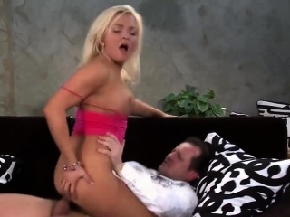milf gets an anal creampie