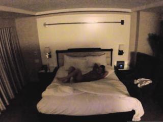 ヌード jezebelle bond hangs でる に 彼女の ホテル ルーム