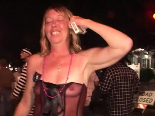 awesome girls strip down in a public place