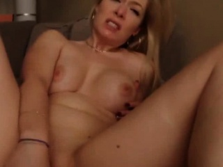 busty mature wife masturbating