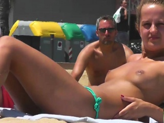 close up topless amateur big tits voyeur video