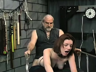 young hottie loves the rough play on her cunt