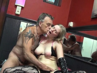 nice tattooed aged hooker sucks cock and gets pussy licked
